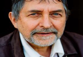 Le poète et dramaturge français  Jean-Pierre Siméon. DR