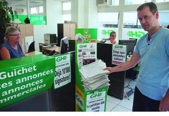 GHI a reçu une avalanche de signatures pour contrer les hausses sacandaleuses de certaines contraventions liées à la circulation. STéPHANE CHOLLET