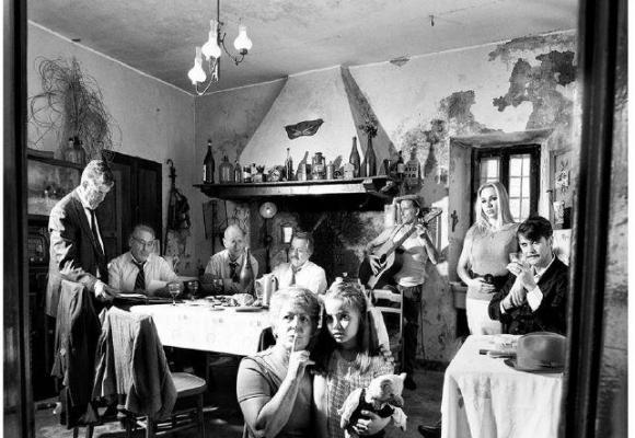 Des photographies inspirées des grands airs d'Azanvour. PATRICE FILEPPI PATRICE FILEPPI