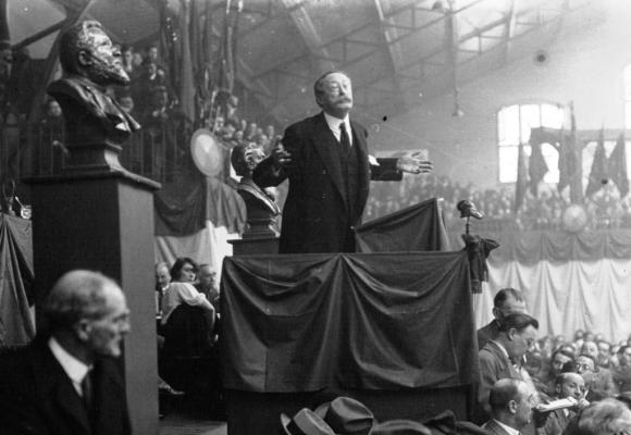A l'image de Léon Blum, Thierry Apothéloz entend unifier la gauche. DR