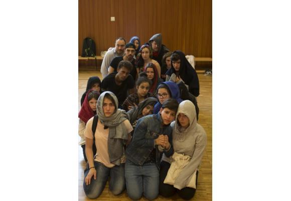 Six jeunes réfugiés ont rejoint la troupe.  ALEXIS SCHWARZ
