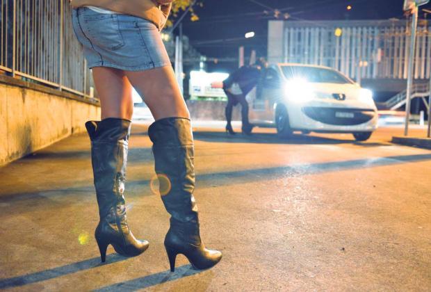 Certains palaces ont dû faire appel à la police pour éloigner des prostituées de luxe.